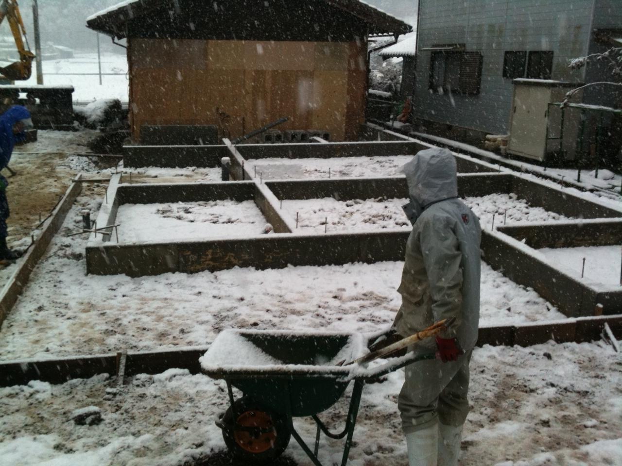 雪でたいへんだよほ~@京丹波